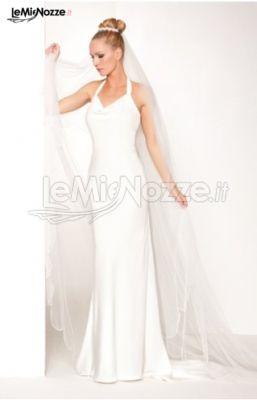 promo code 9117d a3e40 Foto 43 - Abiti da sposa moderni - Vestito da sposa a tubino ...