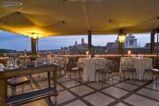 Matrimonio In Vista : Ricevimento di matrimonio in terrazza con vista su roma