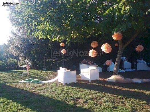 Allestimento del giardino per il ricevimento di matrimonio for Allestimento giardino matrimonio