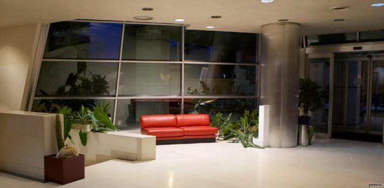 Una moderna area relax del FH Crystal Hotel